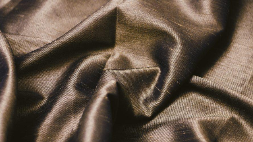 【ポリエステル】生産量No1の合成繊維!洗濯方法や乾燥機の使い方