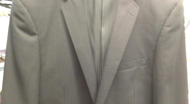 アイロン後のスーツ