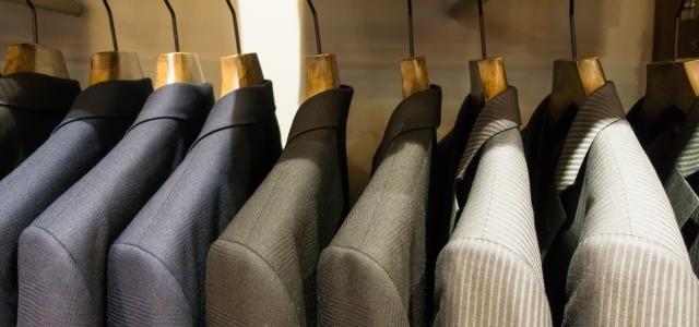 保管中のスーツ