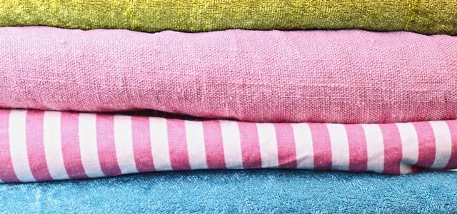 ピンクのタオル